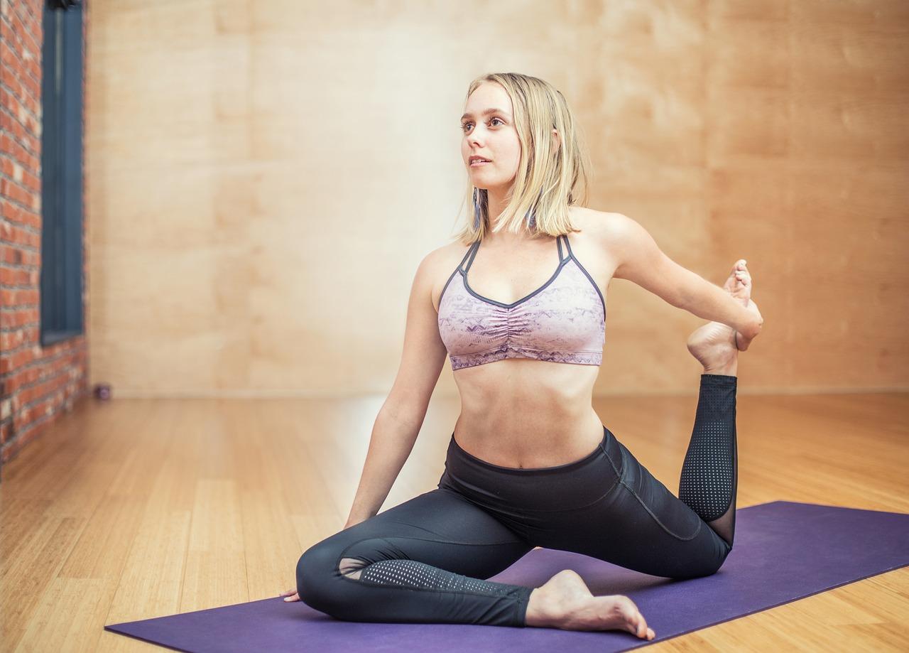 Le Pilates et le Yoga ont des points communs, mais diffèrent sur certains aspects !