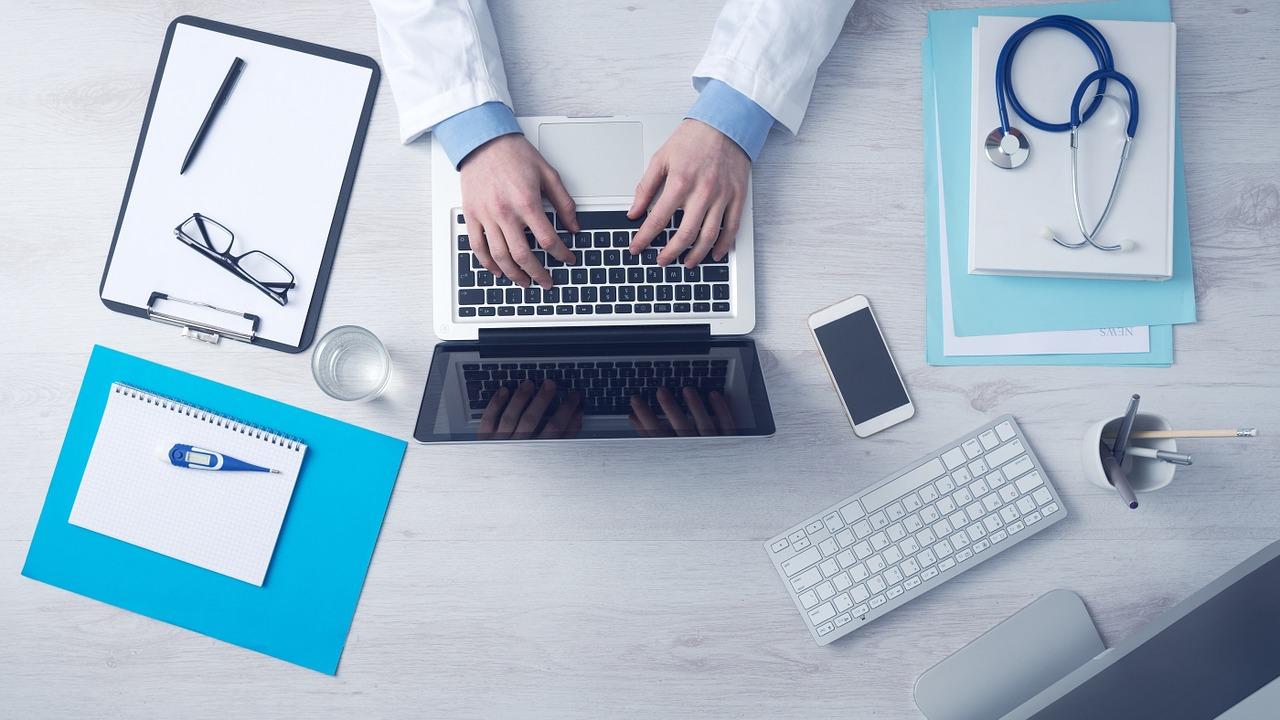 Télémédecine & pharmacie en ligne de confiance : le guide complet
