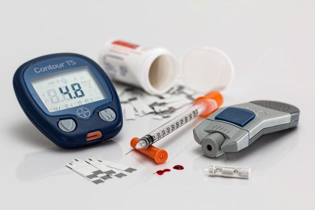 Ein einfacher Bluttest ermöglicht die Diagnose und Analyse von CRP-Werten.